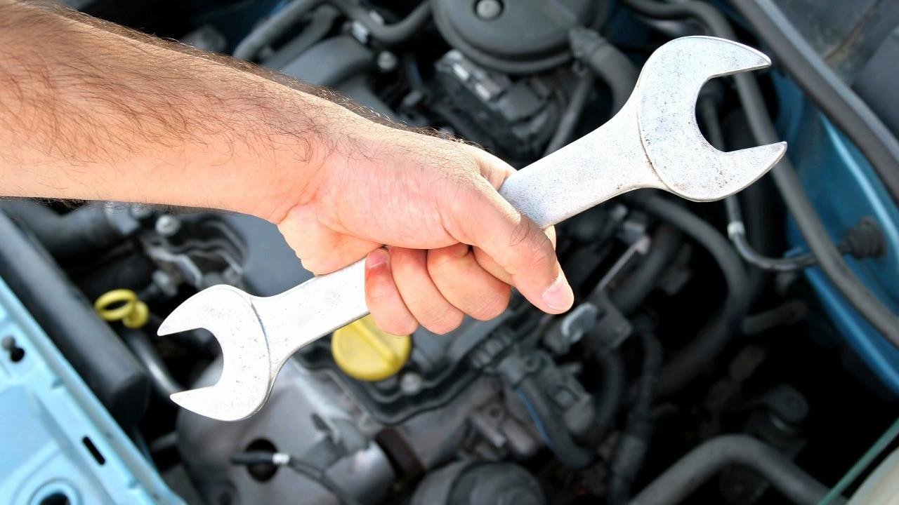 Выявление симптомов износа и замена щеток генератора автомобиля